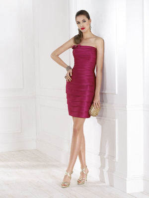 Короткие вечерние платья в Одессе